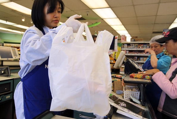 Palo Alto seeks to expand plastic bag ordinance