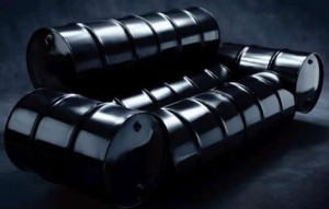 Oil Hangs Below $93 as Stock Rebound Buoys Crude