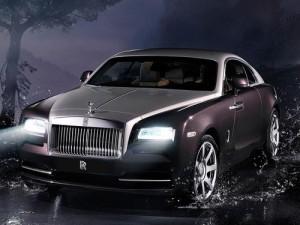 Electronics Add Glitter to New Rolls-Royce