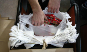 Plastic bag ban opponents up the ante in Sacramento