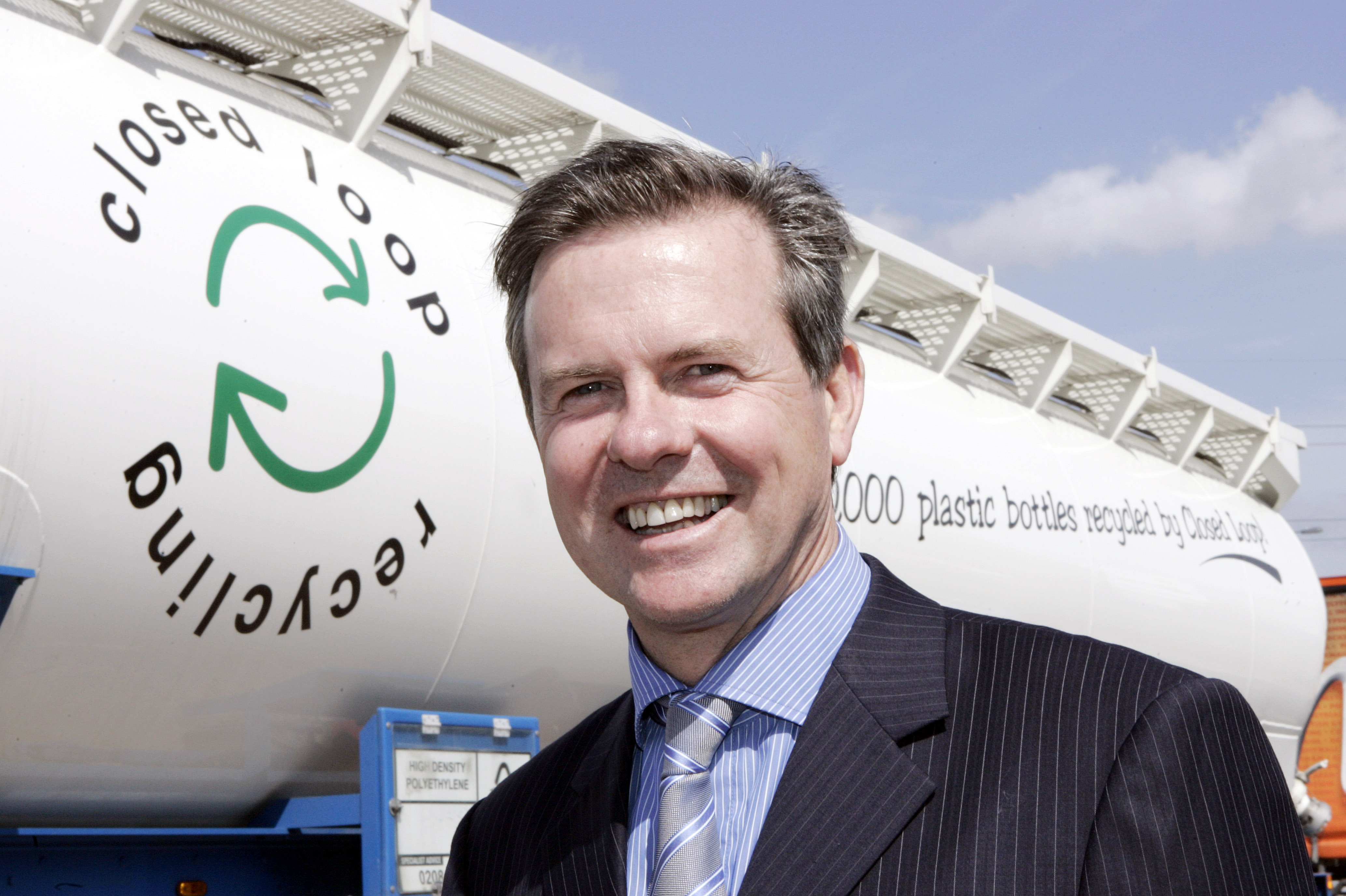 GREEN IS THE NEW GOLD Deputy PM backs Closed Loop Recycling's Olympic Legacy