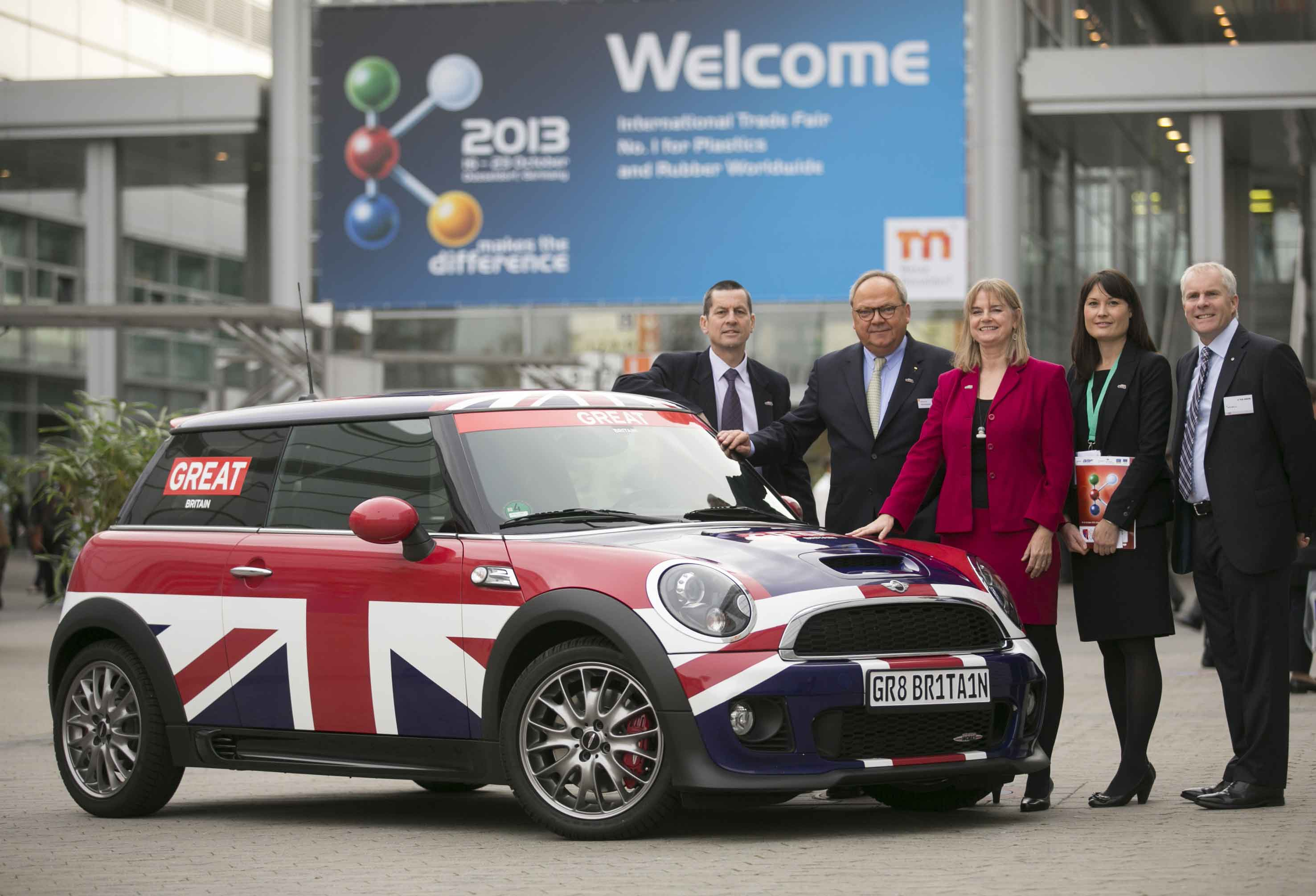 BPF Helps Push Mini Cooper in Dusseldorf