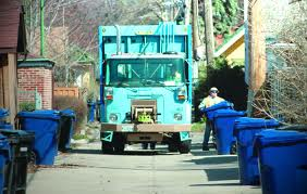 Blue cart recycling services to cover more households soon: Chicago Mayor