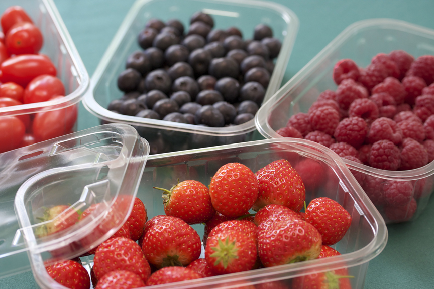 First to market auto-denest 'one size fits all' soft fruit punnet range