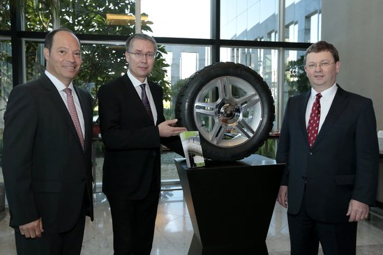 LANXESS strengthens standing as world's leading high-performance rubber producer