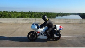 Moto-Electra claims world record for all-electric vehicle trans-continental crossing