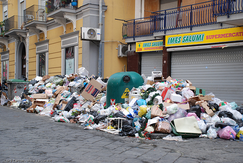 "New Italian plastics law ""seriously flawed"" and could be illegal"