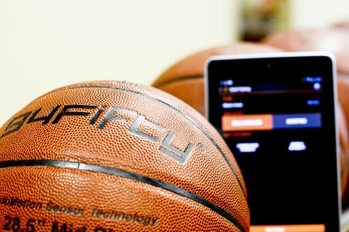 Smart Basketball Analyzes Shooting, Dribbling