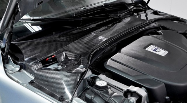 Volvo uses carbon fibres composite for new generation batteries in car panels