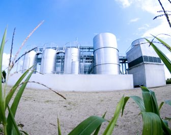 Clariant starts up Germany's biggest pilot plant for production of climate-friendly