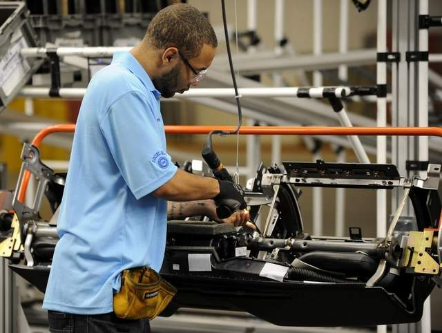 Revenue expected to reach US$18.9 billion in the US automobile interior manufacturing industry